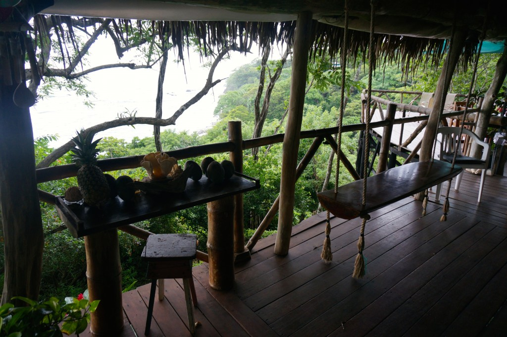 tara moss ladyhattan travel blog luxury costa rica tree tops beach vacation