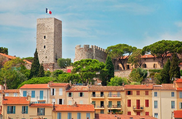 france-cannes-suquet ladyhattan luxury travel blog France feature