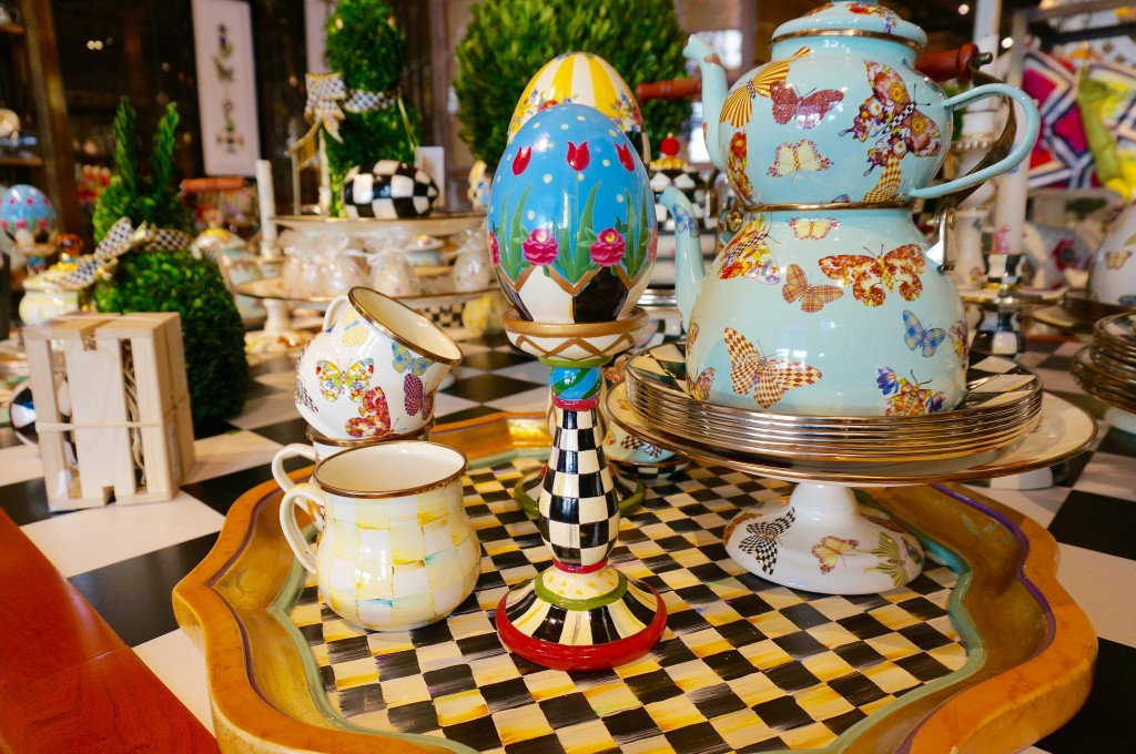 ladyhattan luxury lifestyle and travel blog nyc mackenzie-childs spring decor and entertaining
